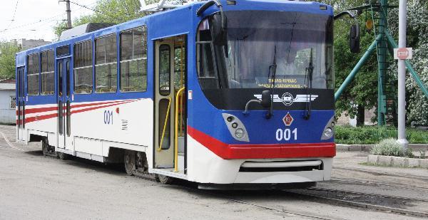 1-muzyikalnyiy-tramvay-zaporozhe